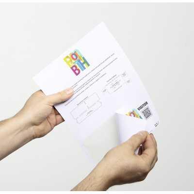 Identyfikatory z papieru DURABLE, samoprzylepne i laminowane na arkuszach A4,100 sztuk